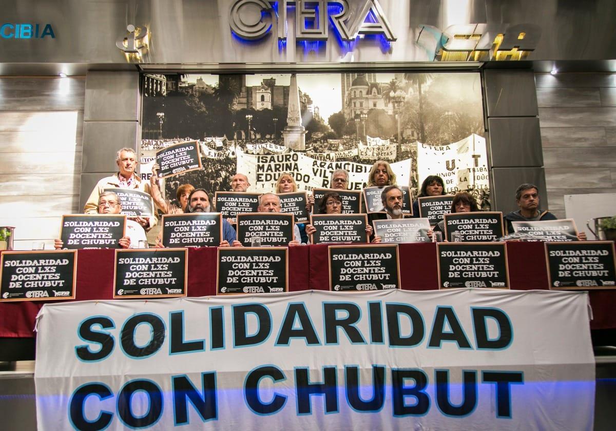 La CTERA convocó a paro nacional para mañana para exigir una solución al conflicto en Chubut